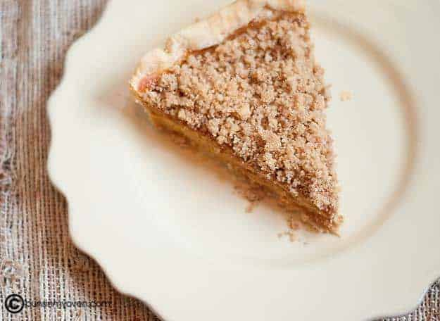 Buns In My Oven Pumpkin Pie with Walnut Topping — Buns In My Oven