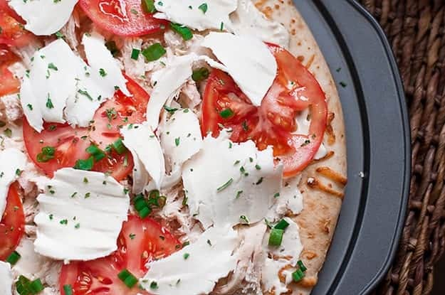 Chicken, Tomato, & Mozzarella Pizza with PHILADELPHIA Cooking Creme recipe