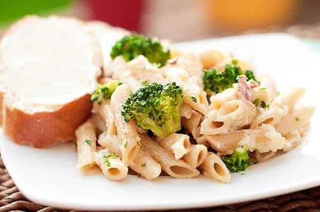 Penne Alfredo with Bacon and Broccoli recipe