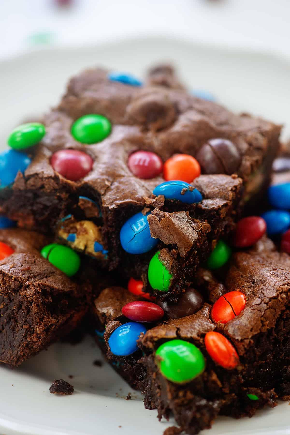 plate full of brownies.