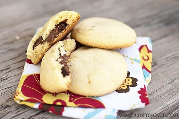 Nutella-Filled Shortbread Cookies Recipe — Dishmaps