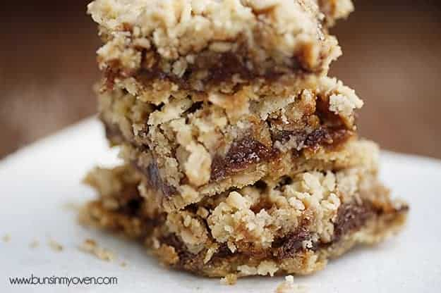 Oatmeal Carmelitas — Buns In My Oven