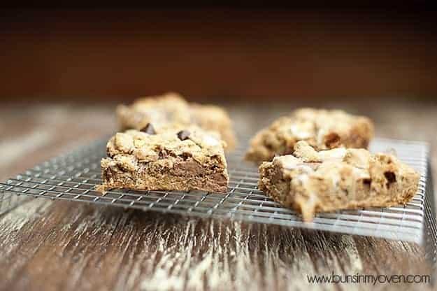 Biscoff Smores Bars recipe