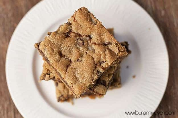 Sundae Cookie Bars recipe