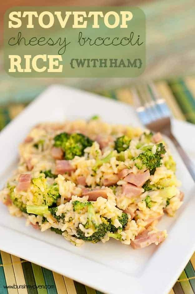 Stovetop Cheesy Broccoli Rice with Ham | http://homemaderecipes.com/cooking-101/14-leftover-ham-recipes/
