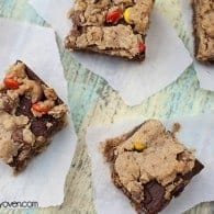 monster revel bars recipe by bunsinmyoven.com
