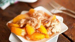 Honey Cinnamon Peach Cobbler & A Giveaway!