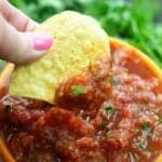Restauranst style salsa - this is the best salsa recipe ever!! #recipe #mexican #bunsinmyoven