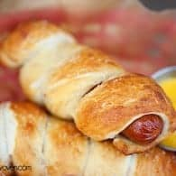 Homemade Pretzel Dogs - just like Auntie Anne's! #recipe by bunsinmyoven.com