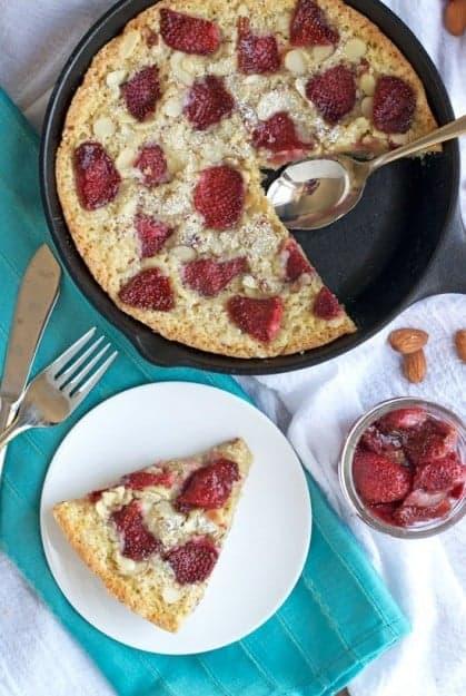 Strawberry-Almond-Skillet-Cake-Recipe