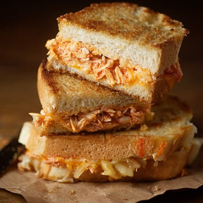 Spicy buffalo chicken sandwiches in just 10 minutes!
