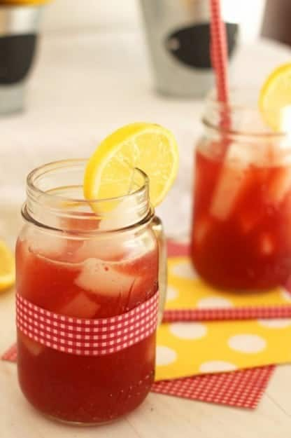 Raspberry-Lemonade-Iced-Tea2-682x1024