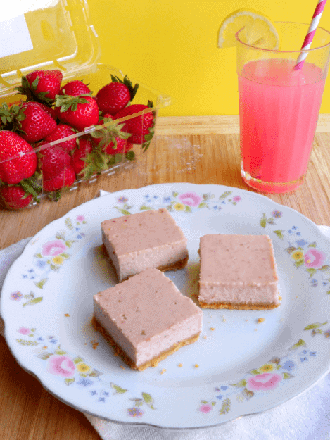 strawberry-lemonade-bars