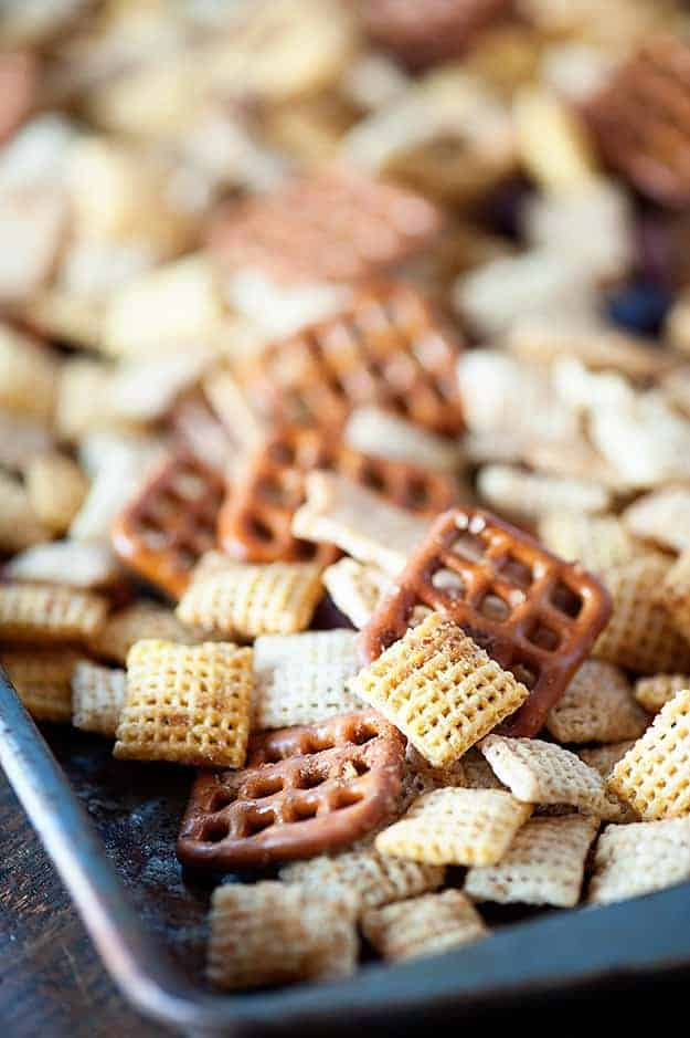 chex mix with fresh garlic