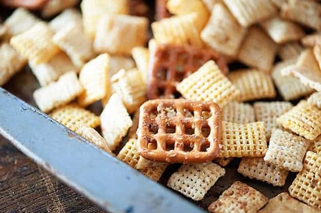 fresh garlic chex mix recipe