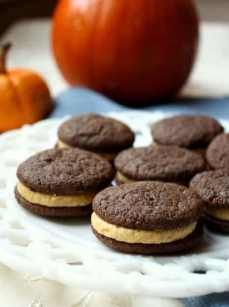 Chocolate-Pumpkin-Pumpkin-Spice-Sandwich-Cookies-Small