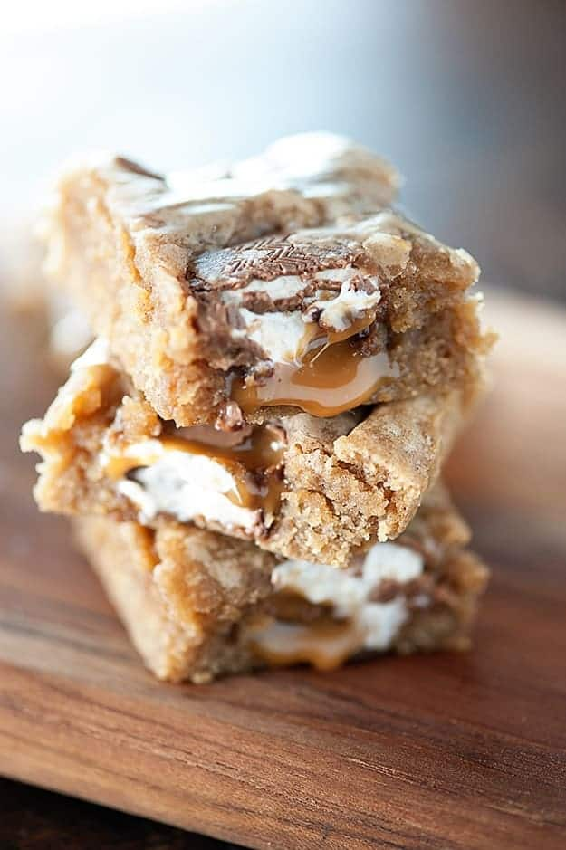 Caramel Apple Blondies Recipe...the BEST blondie base I've tried!