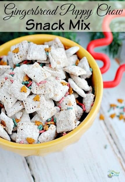 gingerbread-puppy-chow-snack-mix