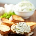 roasted garlic dill crostini