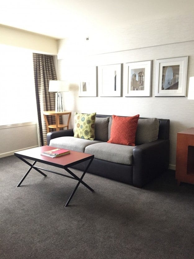 A living room in a hotel room