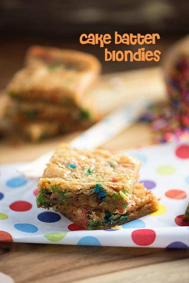 Cake Batter Blondies - one bowl recipe that's ready in less than 30 minutes! Chewy and full of sprinkles!