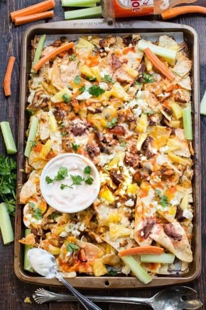 Hawaiian-Buffalo-Chicken-Nachos-makes-the-perfect-appetizer-for-game-day-e1454233630610