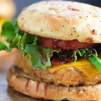 A close up of a sandwich on a bun.