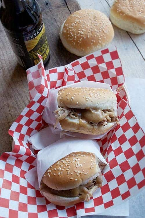 slow-cooker-pulled-pork-sandwich-2