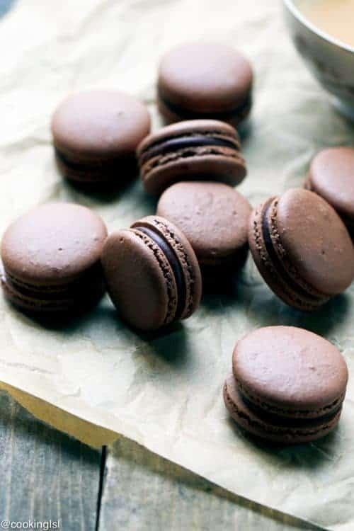 chocolate-macarons-6-1