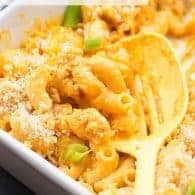 Creamy dreamy buffalo chicken pasta! It's got the perfect kick from buffalo sauce and ranch seasoning!