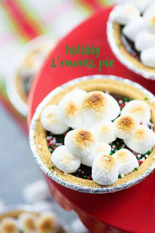 These little s'mores pies are the perfect holiday treat with just 5 ingredients! Who doesn't want an entire mini pie to themselves? :)