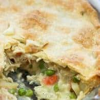 Juicy chicken, lots of veggies, and a simple pie crust! Total comfort in this homemade chicken pot pie!