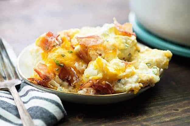 This loaded cauliflower bake makes a great low carb side dish! #keto #lowcarb #cauliflower #sidedish