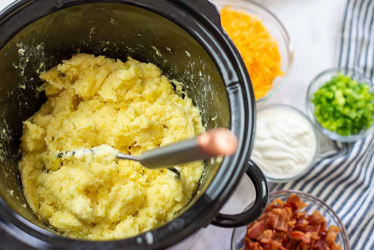 mashed potatoes in crockpot.
