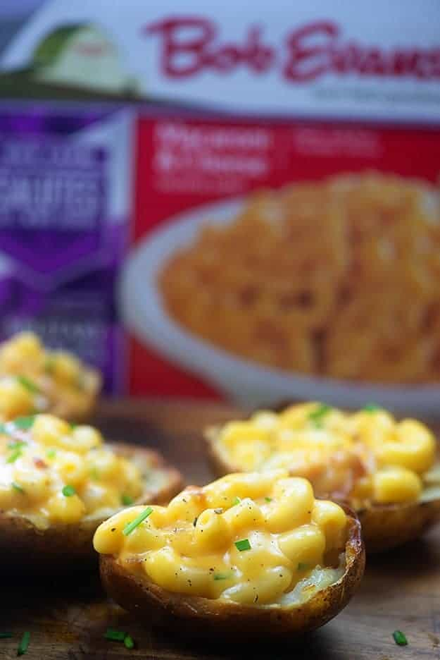 Potato skins filled with macaroni and cheese! This is the perfect football food! #partyfood #recipe #appetizer