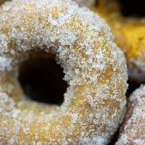Pumpkin Donuts! I baked them, but wait til you hear my secret tip to make them taste fried! #pumpkin #donuts