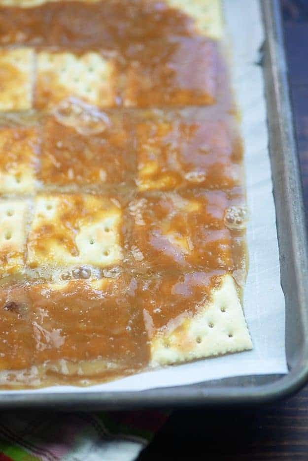 how to make cracker toffee