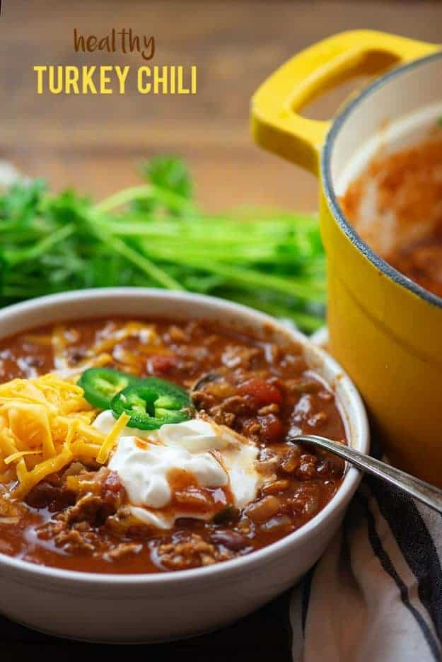Lightened up turkey chili! This healthy chili recipe is hearty and filling! #turkey #chili #recipes