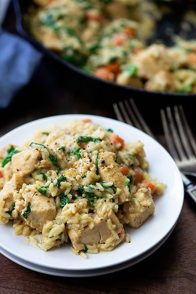One skillet chicken and rice! Made with carrots, spinach, and chicken breasts! #easy #recipe