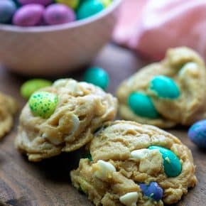 The easiest Easter cookies ever! They start with my PERFECT cookie dough recipe! #easter #cookies #recipe