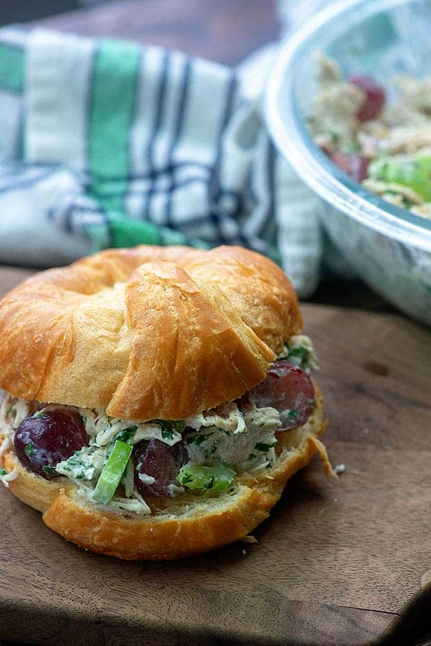 recipe for chicken salad with grapes on croissant