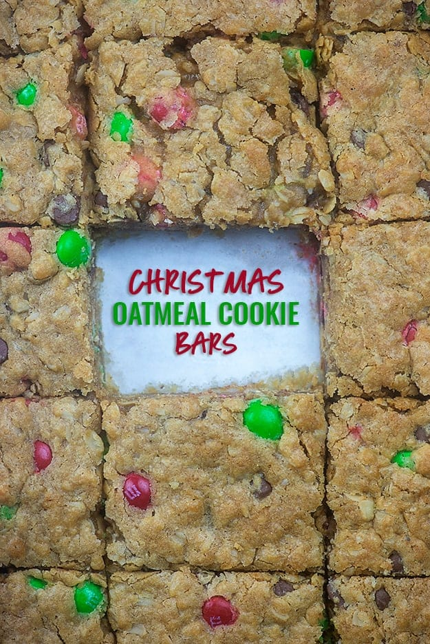 Christmas Oatmeal Cookie Bars Recipe