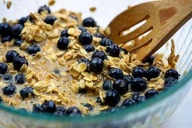 oatmeal with blueberries in glass bowl