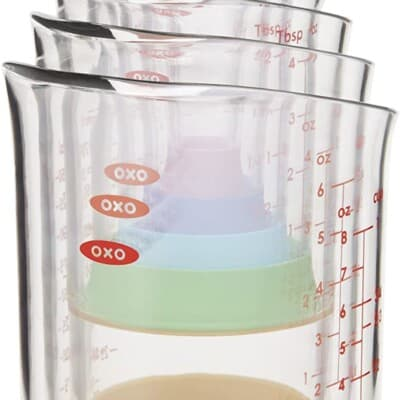 nested measuring cups.