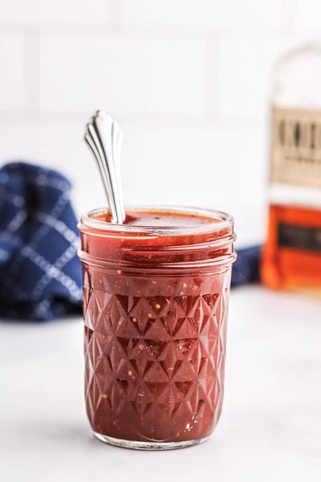 bourbon bbq sauce in mason jar.